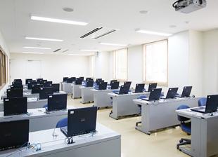 視聴覚兼情報処理室